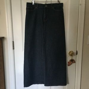 🆕Listing GAP Denim Skirt Sz 12